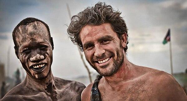 Photo of Lev with a Mundari tribesman