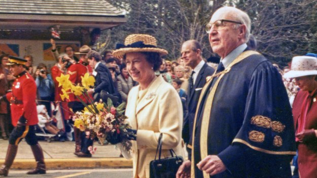 A Royal Tour Of The 20th Century - A Royal Tour Of The 20th Century