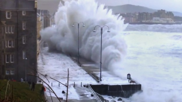 Britain's Wildest Weather - Britain's Wildest Weather 2014