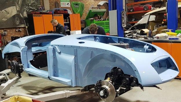 Car S.o.s - Mga Roadster