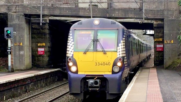 Cruises, Trains, Holidays &… - Trains From Hell: Caught On Camera