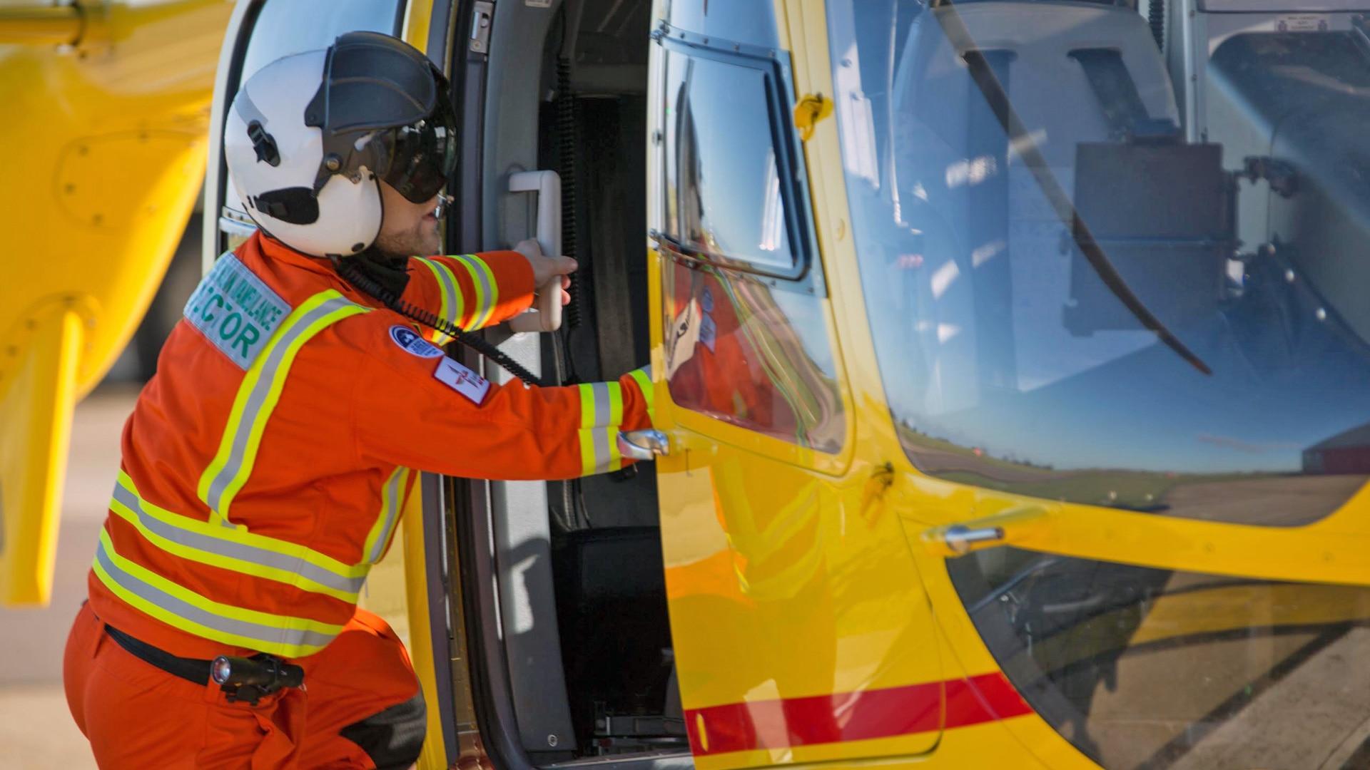 Air ambulance er series 2 episode 2