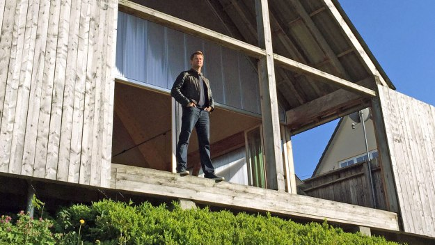 George Clarke's Amazing Spaces - River Barge And Swimming Pool Restoration