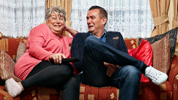 Gogglebox - Series 12 Episode 6