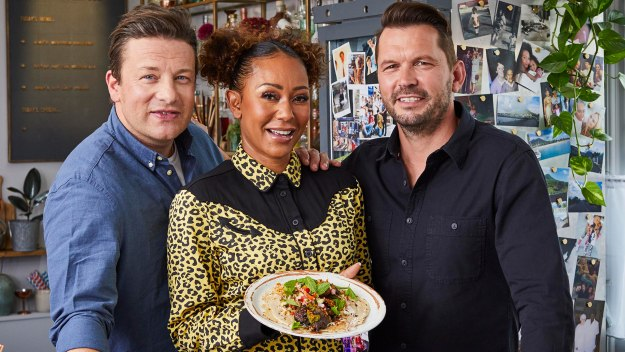 Jamie And Jimmy's Friday Night Feast - Series 7 Episode 4: Mel B And A Caribbean Curry