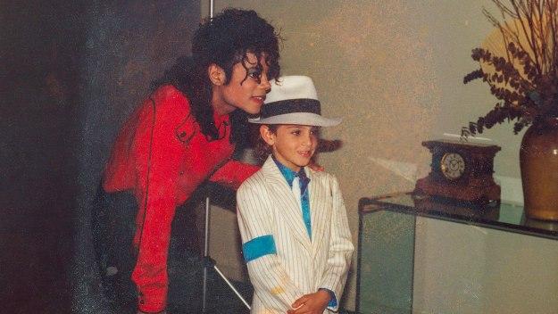 Leaving Neverland: Michael Jackson… - Leaving Neverland: Michael Jackson And Me