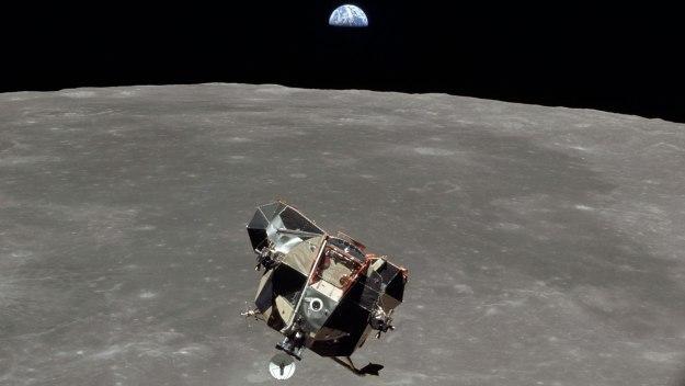Moon Landing Live - Moon Landing Live: Update 4