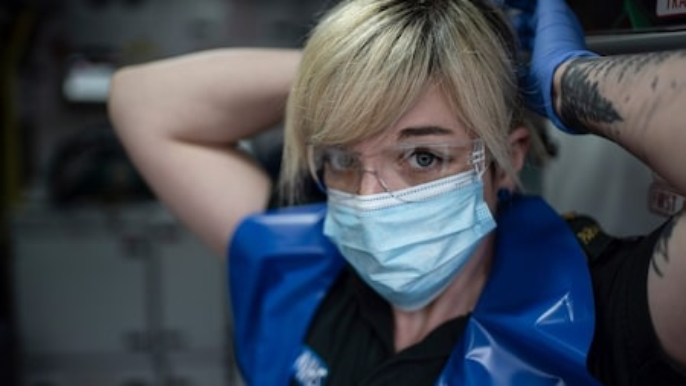 Paramedics: Britain's Lifesavers