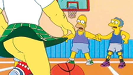 Homer and Moe playing basketball against an opponent with no underwear
