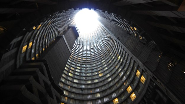 World's Most Extreme - Buildings