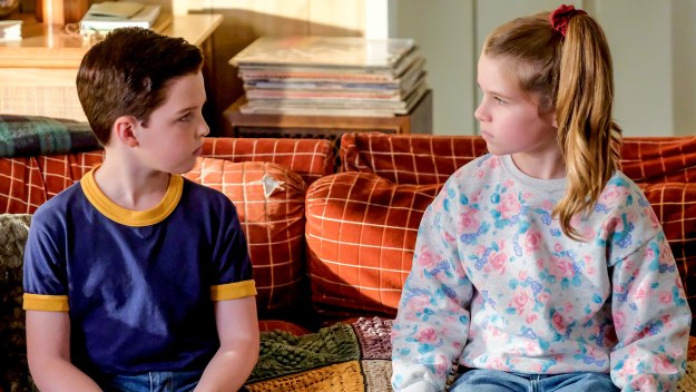 Young Sheldon - A Stunted Childhood And A Can Of Fancy Mixed Nuts